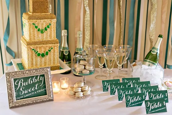 Emerald and gold drink bar