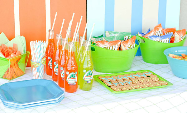 Cute pools party food set up