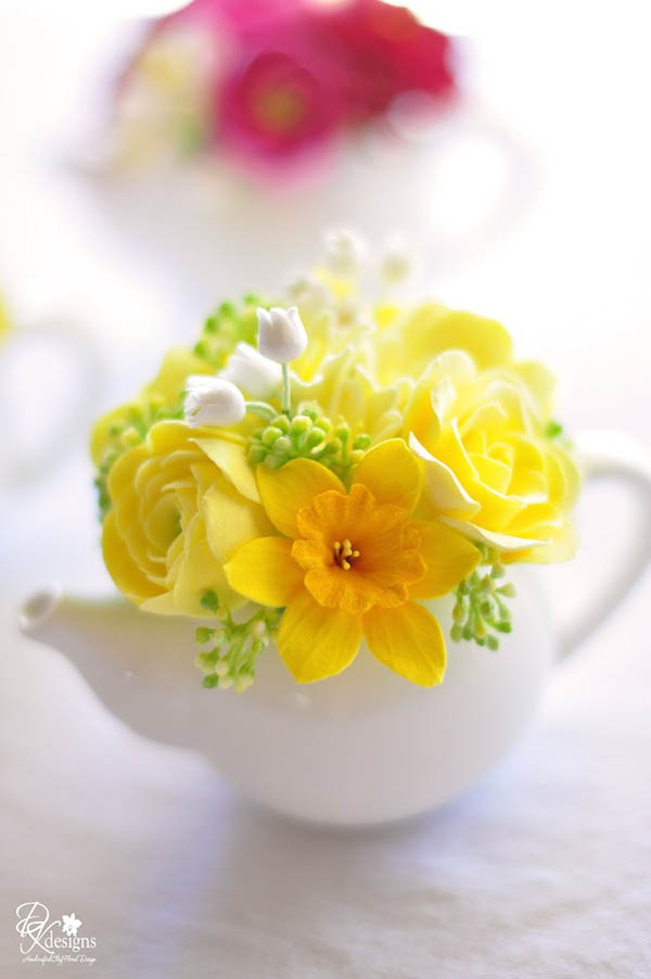 Love this Mother's Day tea party decor!