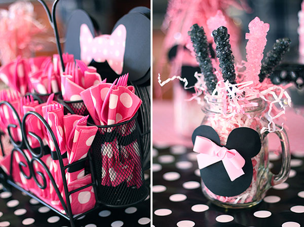 Minnie mouse party decorations and utensils!