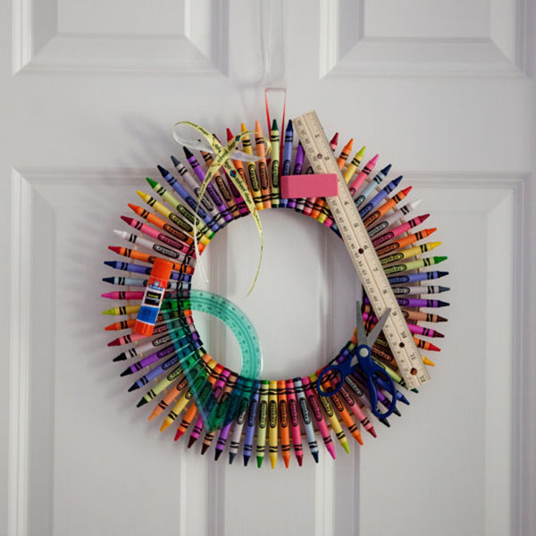 Fun back to school Crayon wreath on Etsy!
