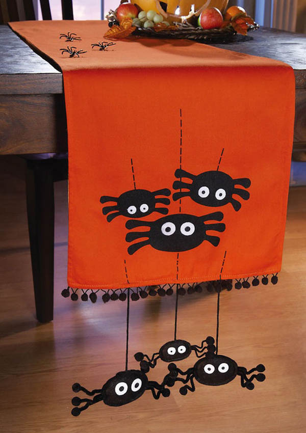 Creepy crawly spider decorations b lovely events - Idee deco table halloween ...