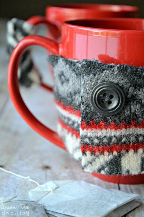 Sweater mugs! What a great idea for the holidays!