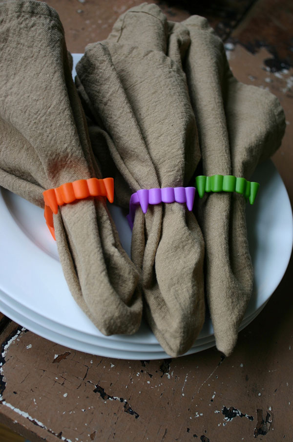 Fun colorful fang napkin ring holders