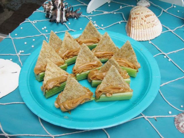 Little celery snack Boats!