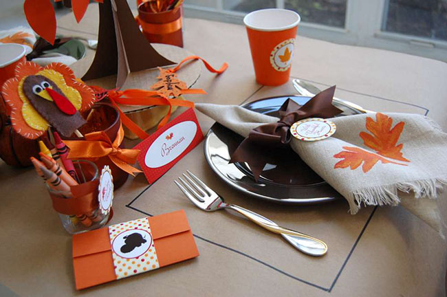Love this Kids Thanksgiving Table!