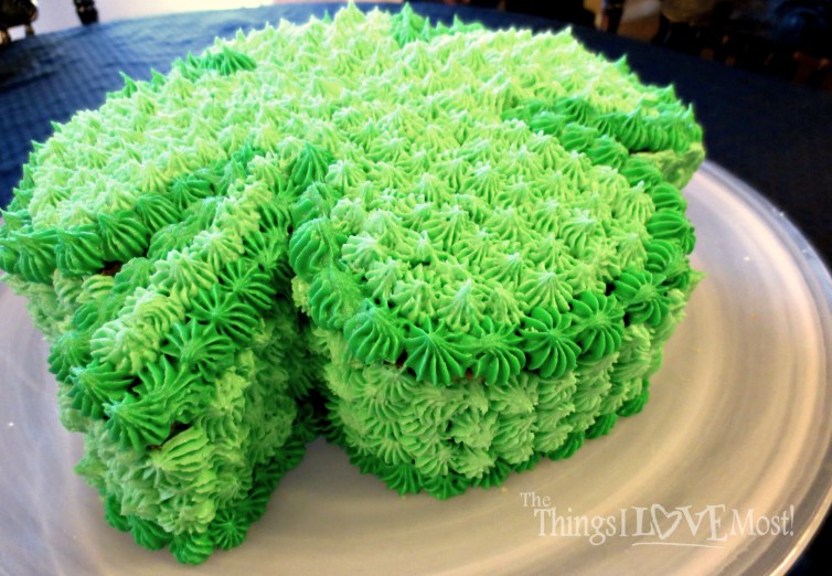 Fun Shamrock Cake! -See More Inspiring Shamrock Cakes On The Blog! - B. Lovely Events