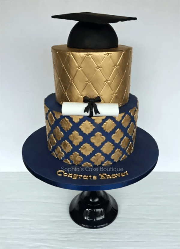 Love this Gold Graduation Cake- See More Gold Graduation Ideas on B. Lovely Events