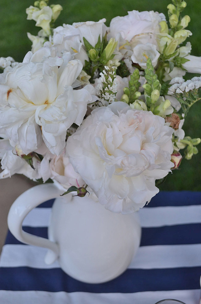 4th Of July White Centerpiece -See All Of The Lovely Party Details on B. Lovely Events!