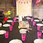 Crafts at pineapple flamingo party!