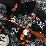 Spooktacular Halloween Party Ideas. Love this Halloween wreath!- B. Lovely Events
