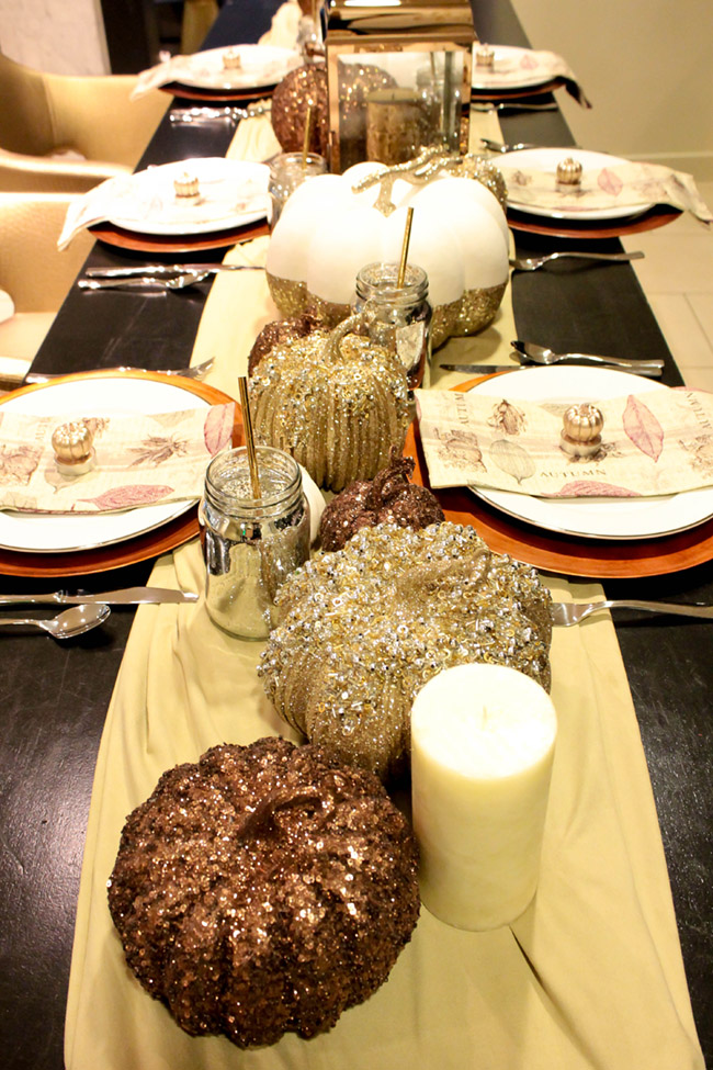 Beautiful Fall Thanksgiving Tablescapes- See all the details on B. Lovely Events