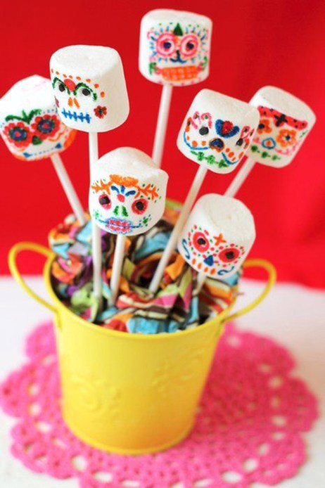 dia de los muertos marshmallow pops- See more on B. Lovely Events