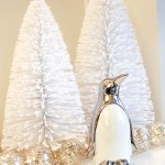 love this darling christmas decor- see more holiday home tour on B. Lovely Events