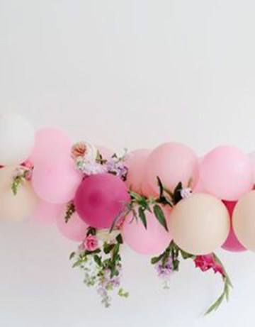 Lovely Balloon Garland!- See why they are our new obsession on B. Lovely Events