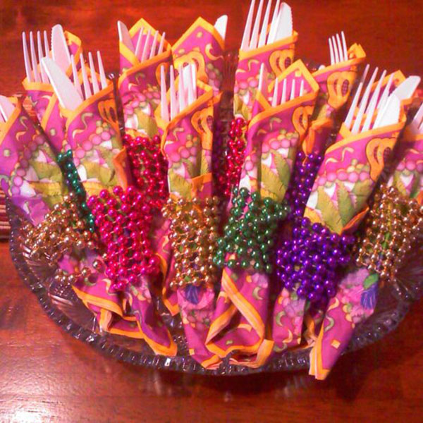 Mardi Gras Napkin Idea- See More Mardi Gras Ideas On B. Lovely Events