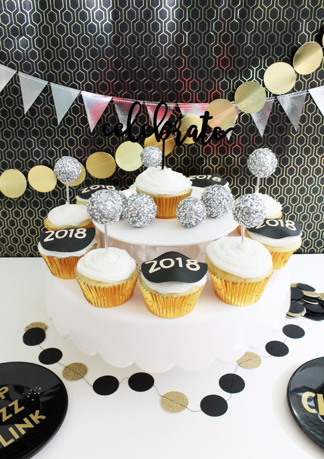 New Year's Eve Cupcakes B. Lovely Events