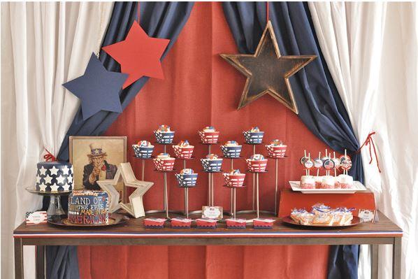Vintage star studded dessert table