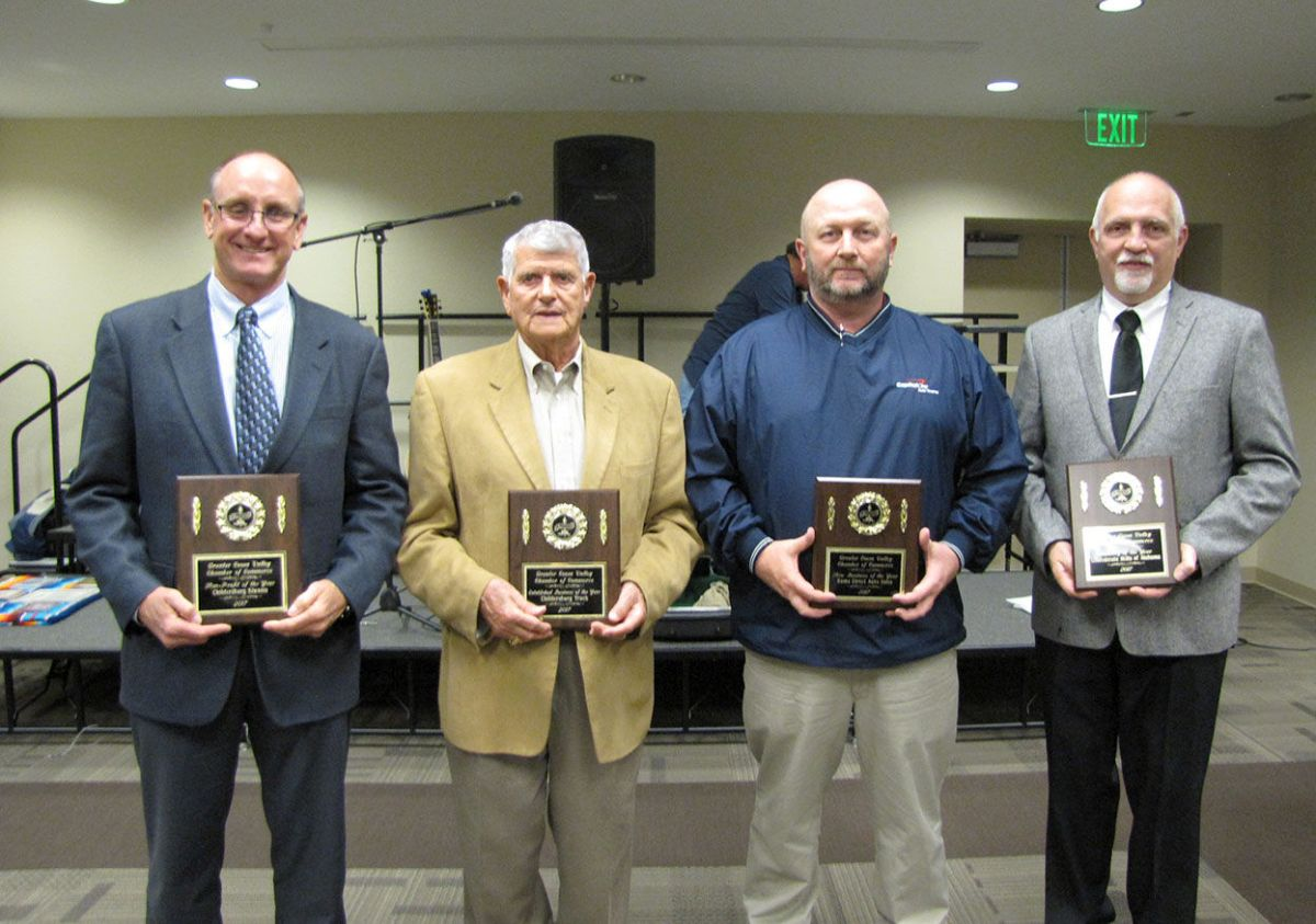 Randal Senn inducted into Greater Coosa Valley Chamber of ...