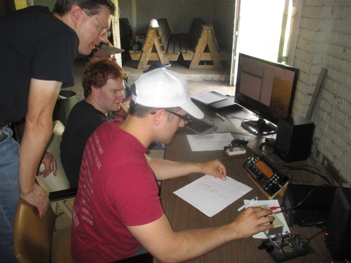 Field Day power outage tests local ham radio operators ...