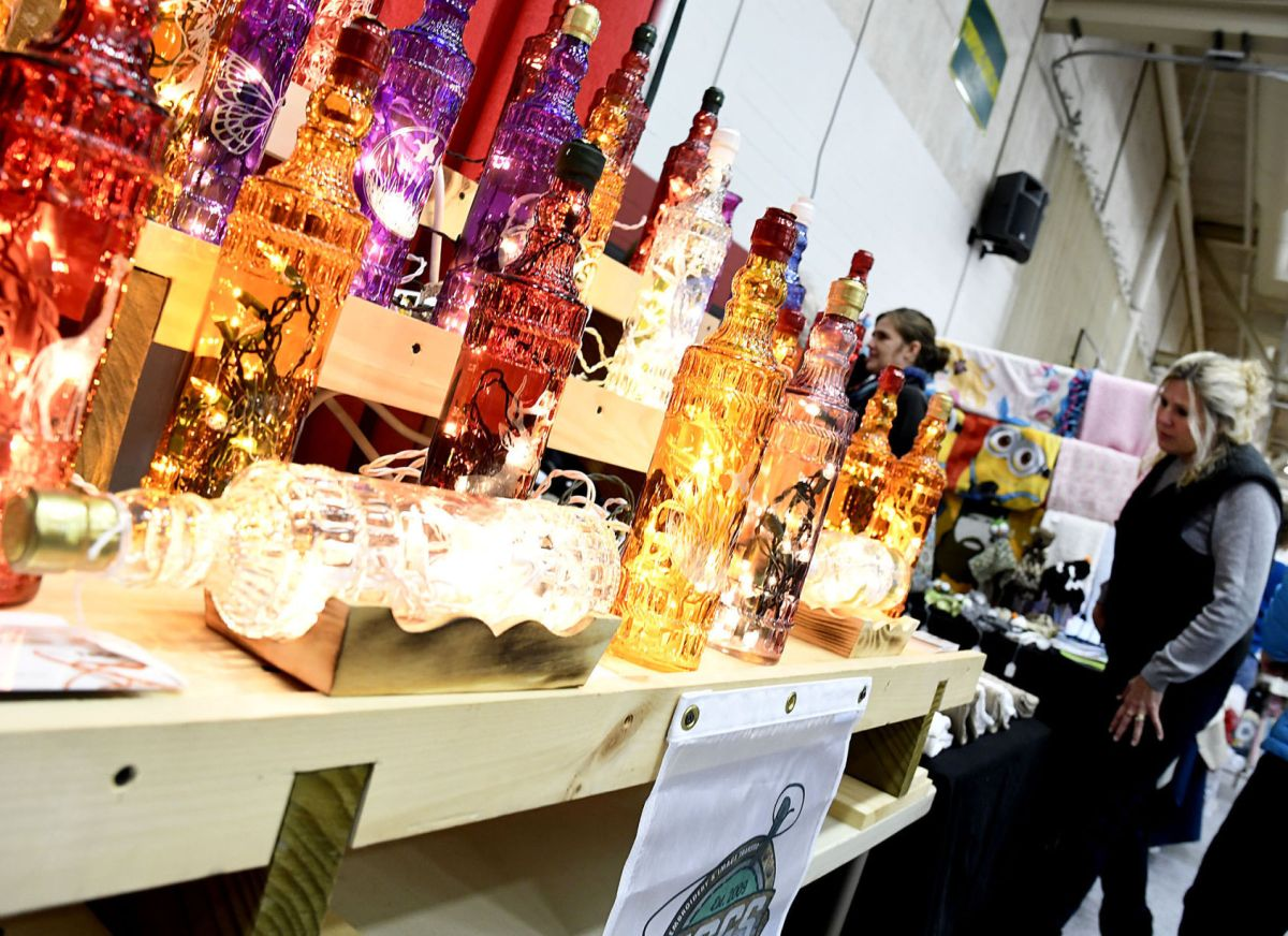 Cayuga Community College craft fair a holiday tradition ...