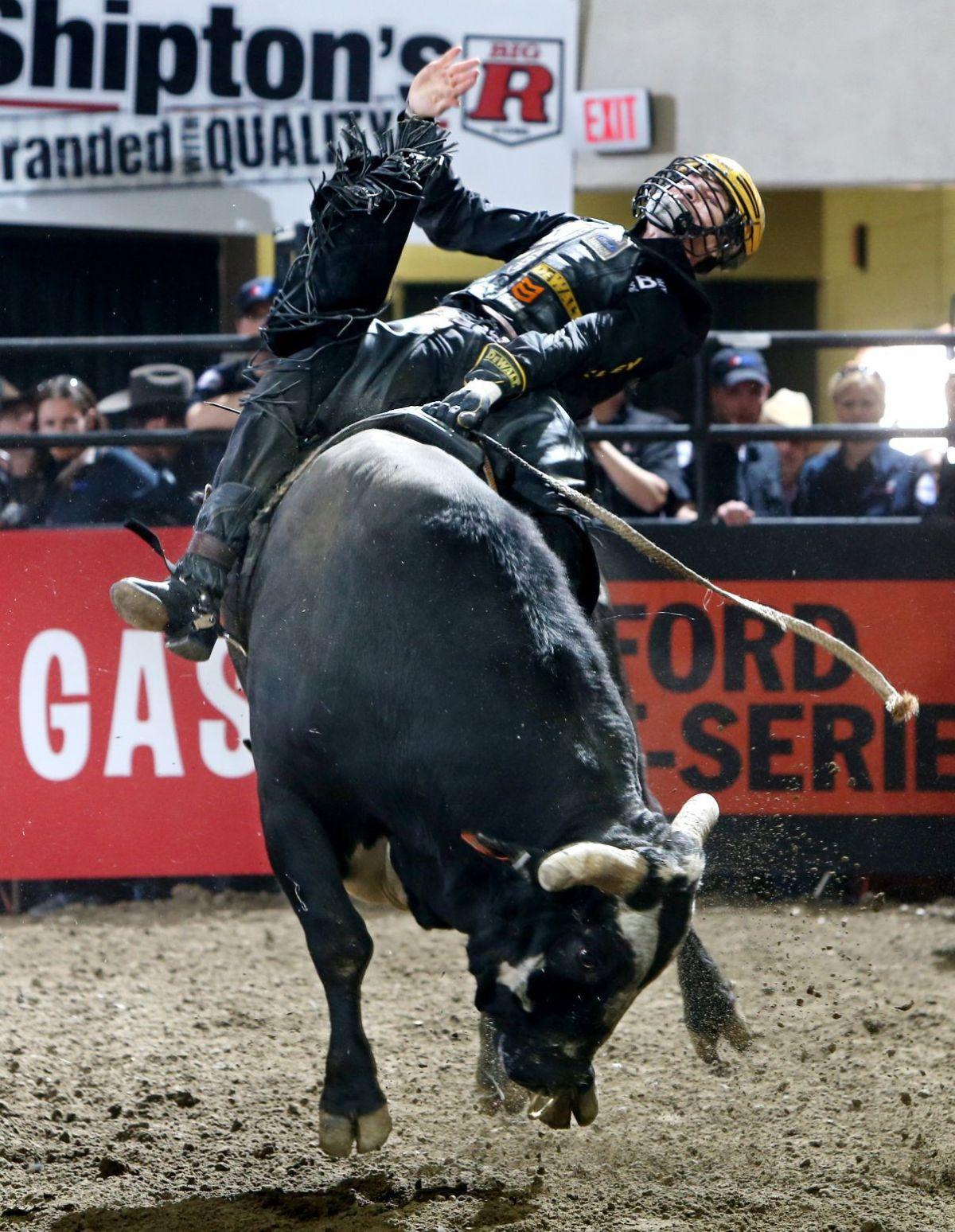 Volborg's Lockwood wins Billings PBR event   Rodeo news ...