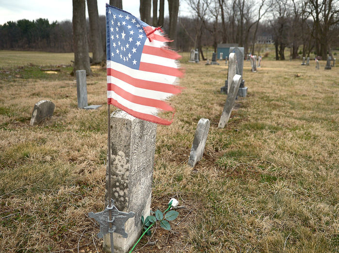 Grave sites of African-American veterans preserved at Lincoln ...