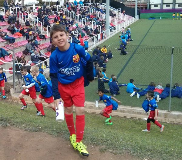Local youth soccer player trains with FC Barcelona | Local ...