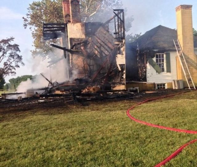 Fire Damages Nomini Hall In Virginias Northern Neck