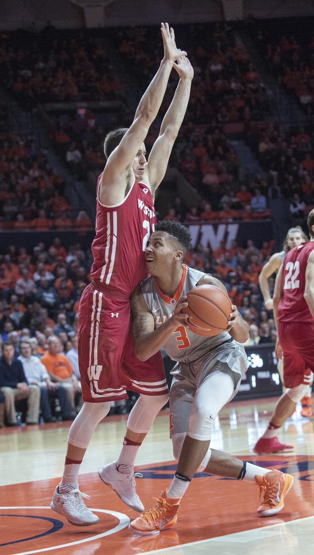 Wisconsin Illinois Basketball