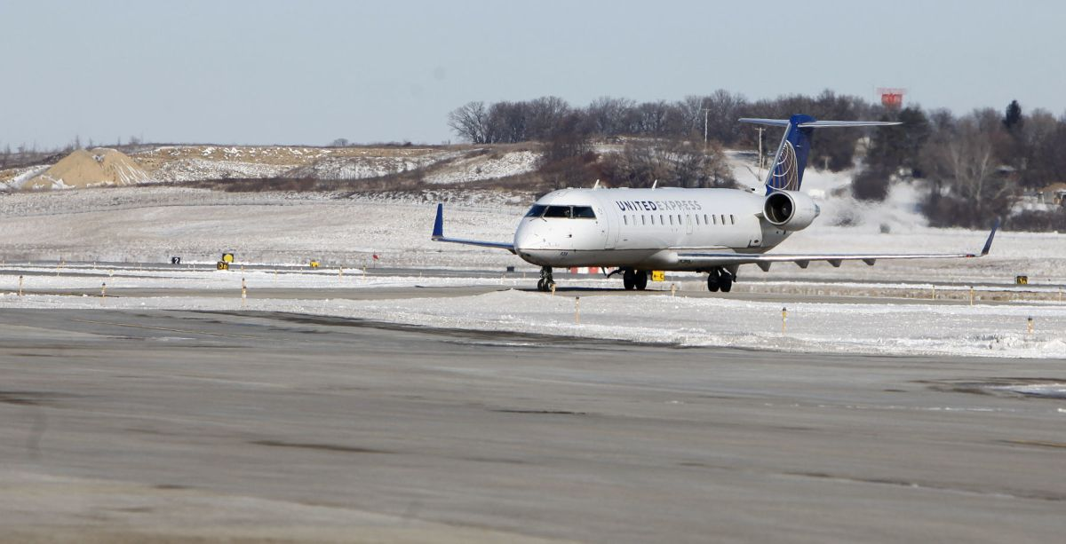 Passenger counts rise at Dane County Regional Airport, but ...