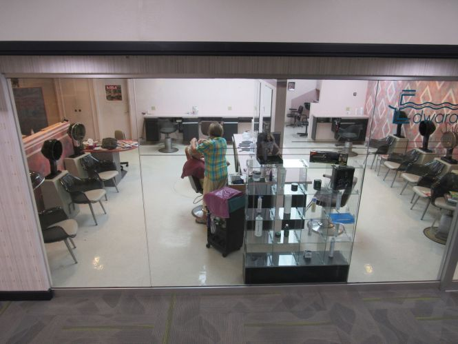 Nail Salons Open Today Photo Al Nicades Near Me