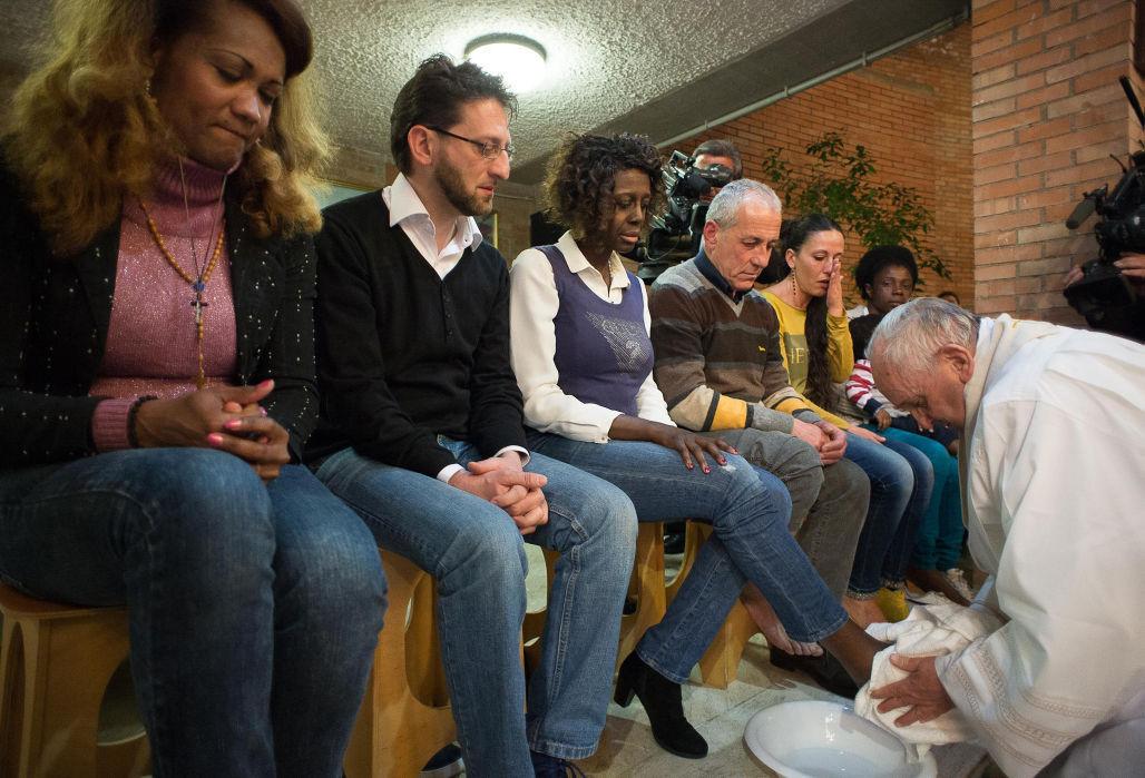 Francisco lavar los pies