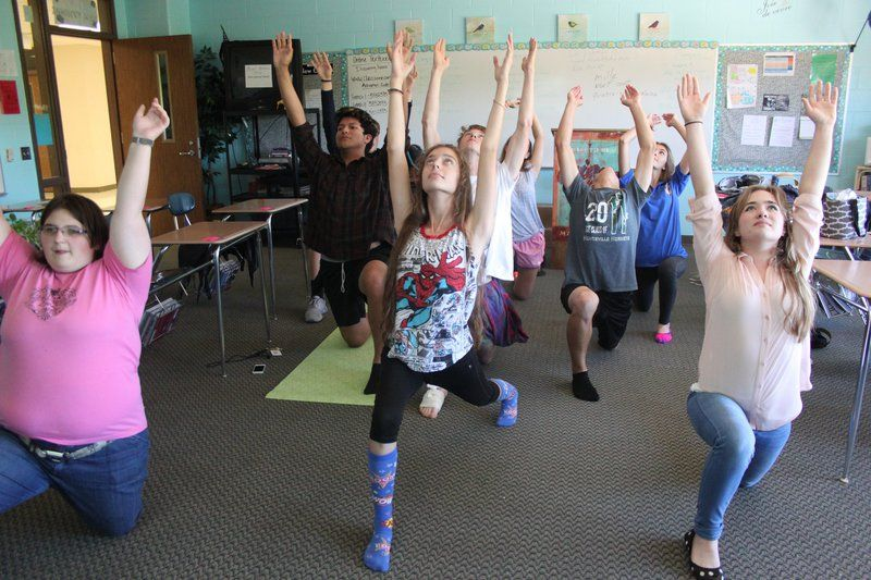 Namaste Hornets find way to 'de-stress' during lunch: Students enjoy Yoga Club's positive, relaxing environment