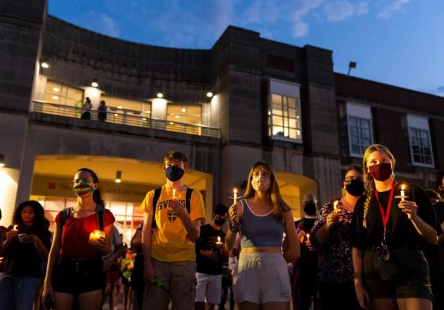 Candlelight vigil, 08.30