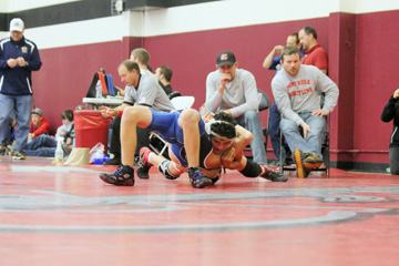 Montrose wins four of five duals at CMU tourney   Local ...