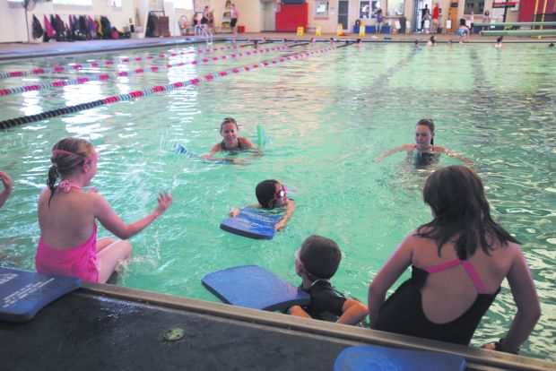 Pool users join effort to set record for largest lesson