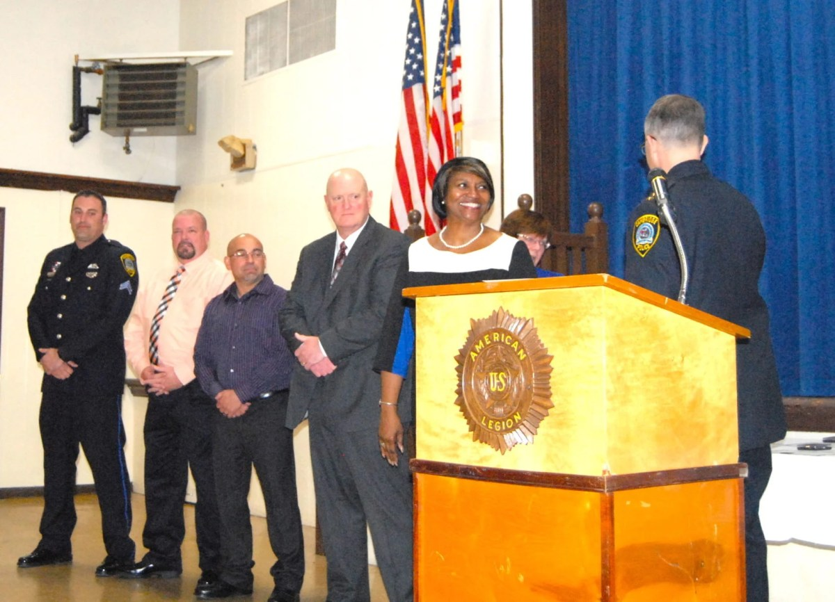 Cambridge police honor officers for serving the community ...