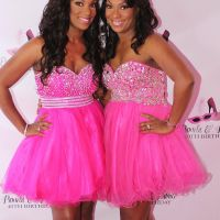 Twin doctors from Gary giving back through new Grace Girls foundation