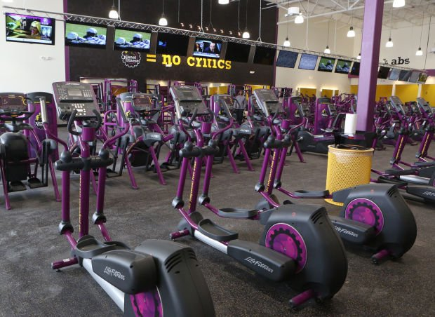 planet fitness expands to crown point
