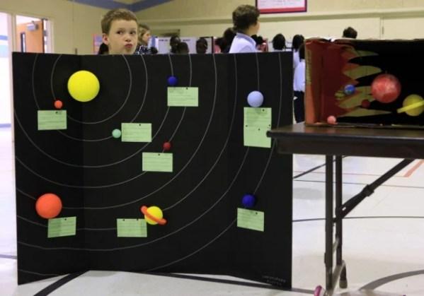 Strassburg School hosts first science fair