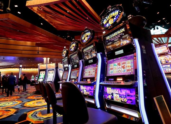 Éminent Monde jogo valendo dinheiro salle de jeu Examen