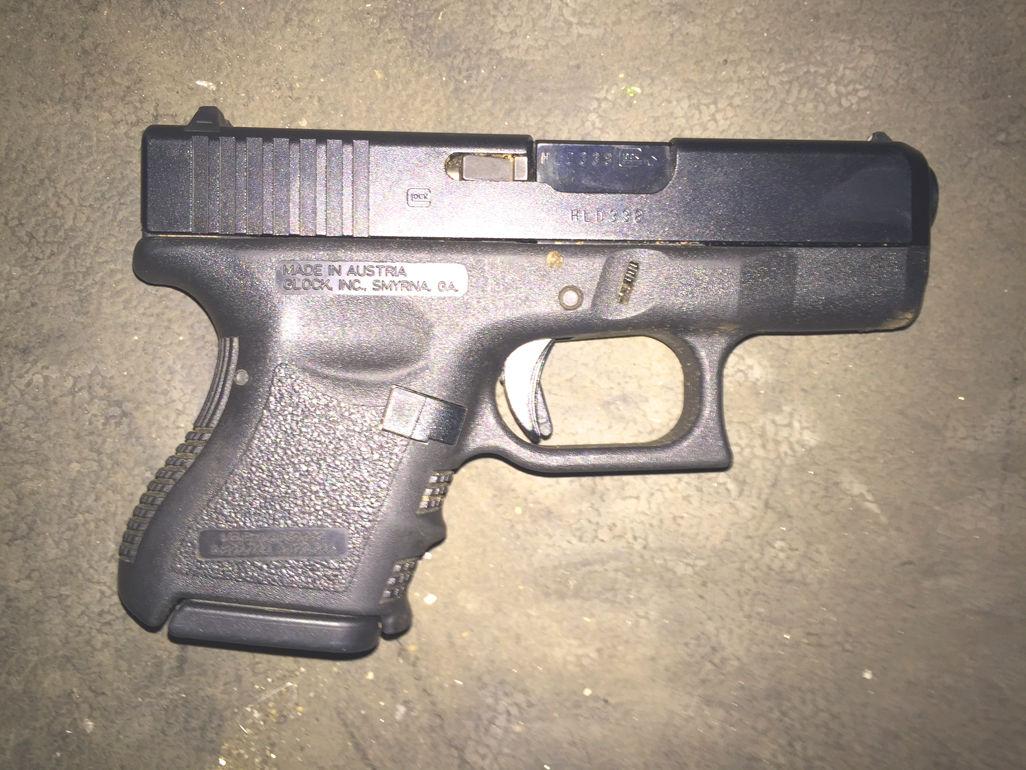 Driver shot pulling gun at traffic stop: NYPD 1