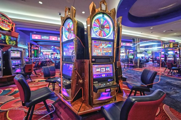 Resorts World Casino set to roll the dice   Queenswide   qchron.com
