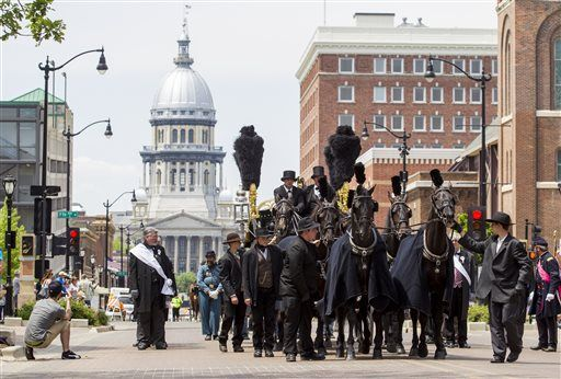 Lincoln Funeral Procession Reenactment