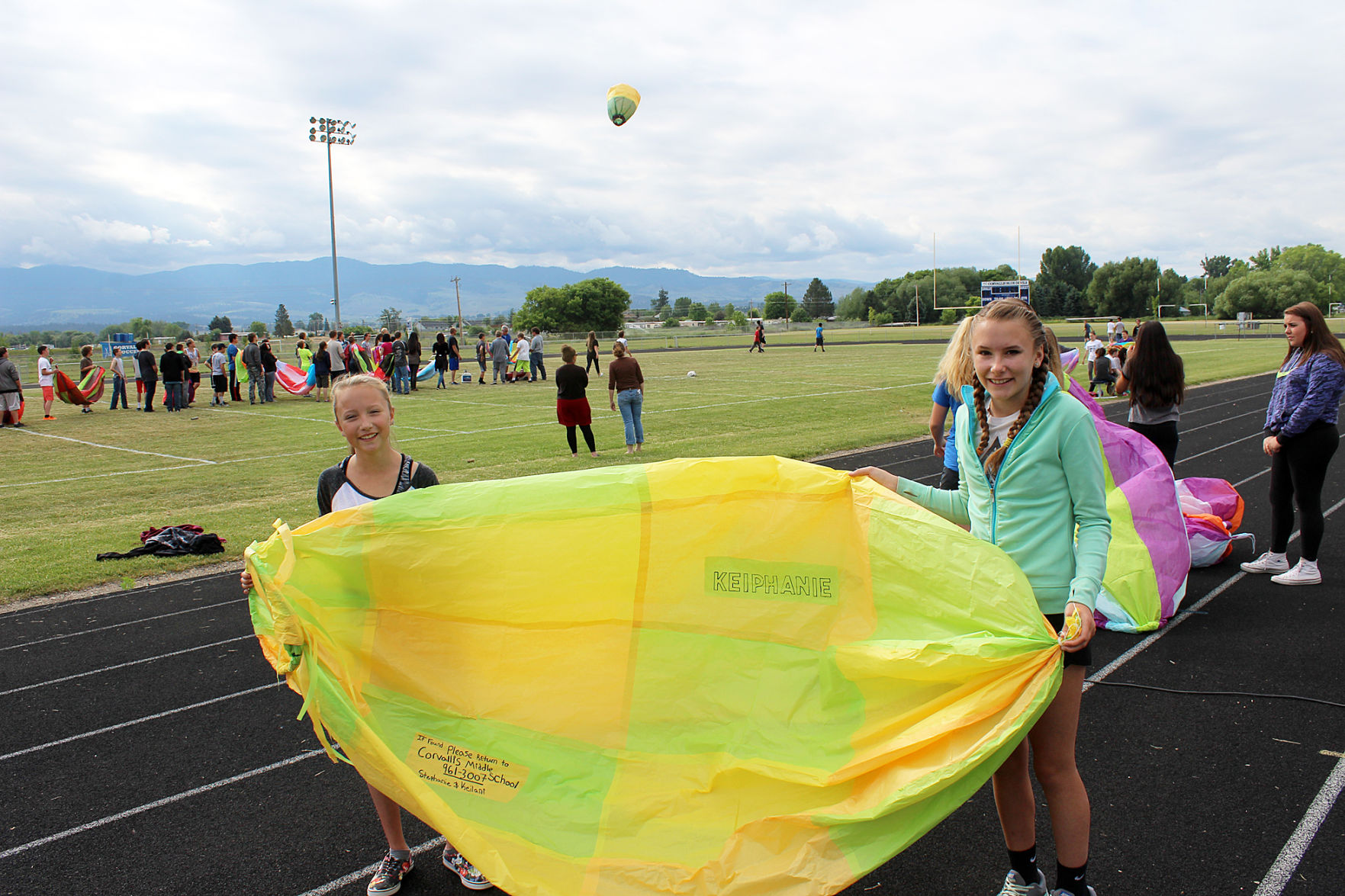 Corvallis students build, launch balloons