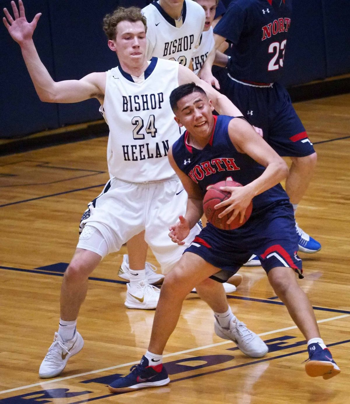 BOYS BASKETBALL PLAYER OF THE YEAR: Heelan's Elijah ...