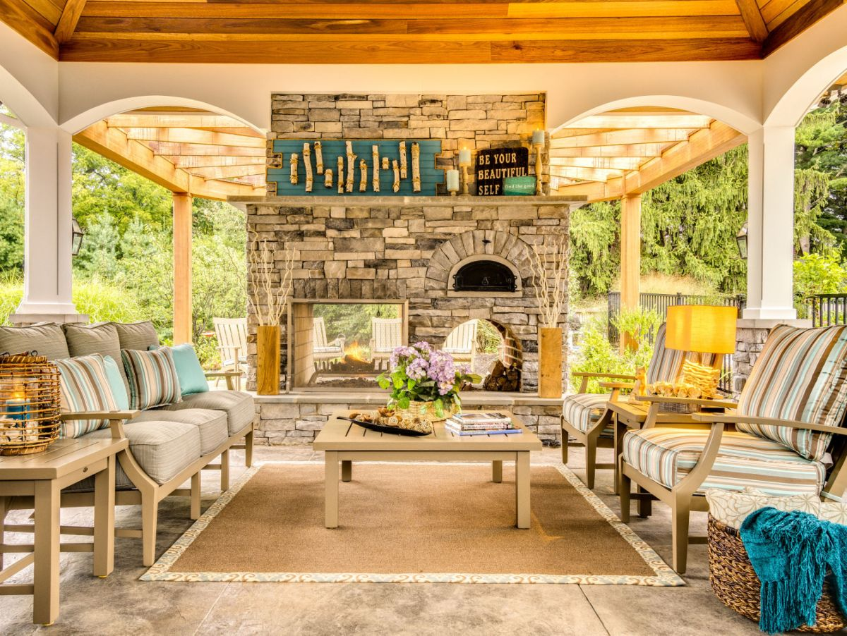 Cabin chic: Bring the luxury lodge home   Style ... on Cc Outdoor Living id=49768