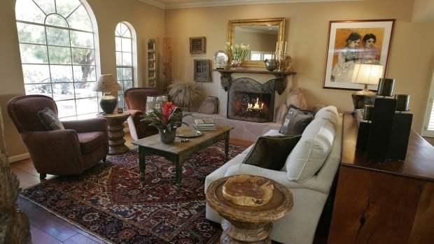 Interior Design Skills Spill Over To Skyline Home
