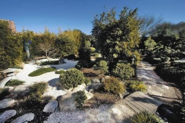 desert japanese garden Japanese style fits desert yards | Tucson Gardens | tucson.com